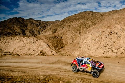 SILK-WAY-RALLY-2016-Sur-la-piste-dALAHAN-le-2008-DKR-de-STEPHANE-PETERHANSEL-et-JEAN-PAUL-COTTRET