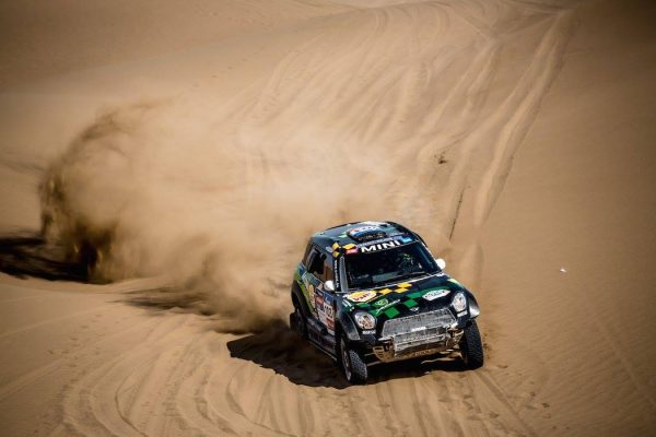 SILK-WAY-RALLY-2016-YAZEES-AL-RAHJI-Team-MINI-X-Raid