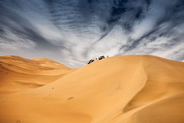 SILK-WAY-RALLY-2016-un-parcours-de-rêve-avec-des-dunes-a-perte-dhorizon.