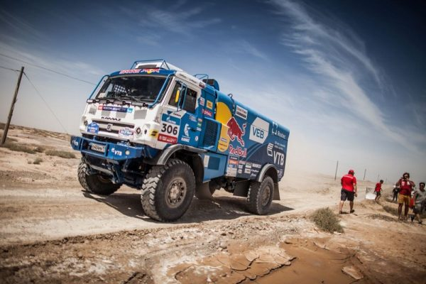 SILK-WAY-RALLY-20216-LE-KAMAZ-de-MARDEEV