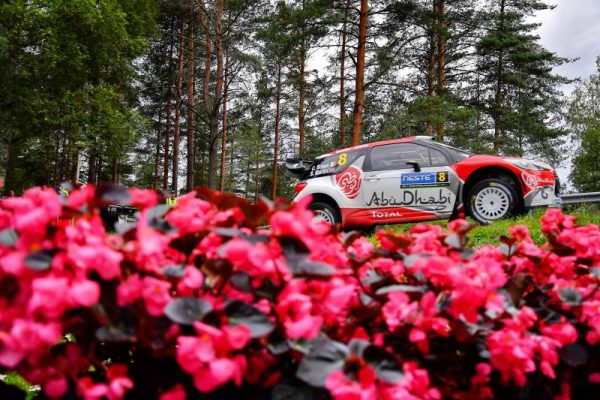 WRC-2016-FINLANDE-La-DS3-de-CRAIG-BREEN