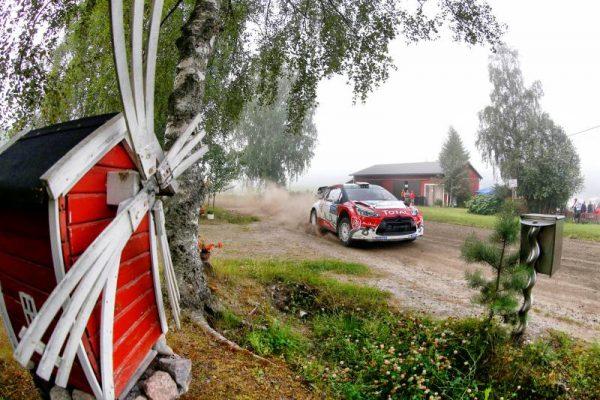 WRC-2016-FINLANDE-La-DS3-CITROEN-de-KRIS-MEEKE