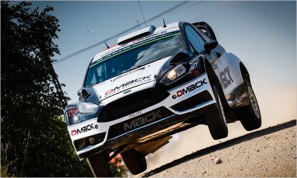 WRC-2016-POLOGNE-La-FORD-FIESTA-WRC-d-OTT-TANAK