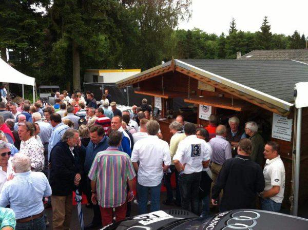 24-HEURES-de-SPA-2016-Le-CLUB-des-anciens-pilotes-etait-full-full-samedi-3O-Juillet