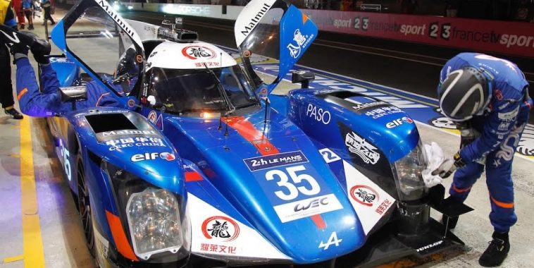 24 HEURES du MANS 2016   ALPINE N°35 a son stand - Photo Thierry COULIBALY
