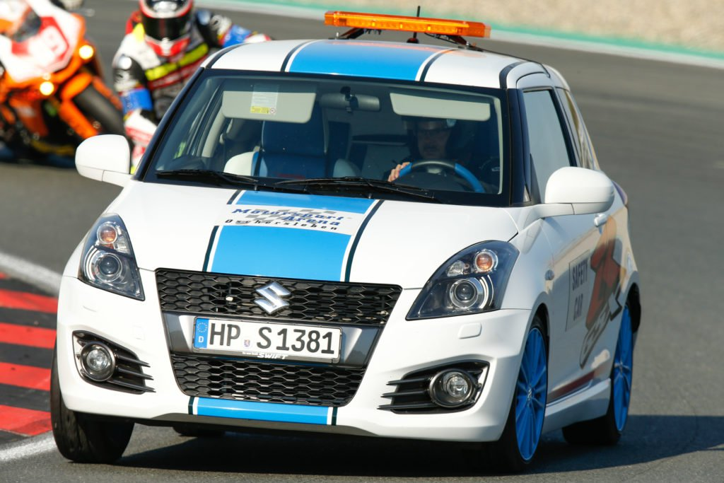 UN PEU CHEAP LE SAFETY CAR