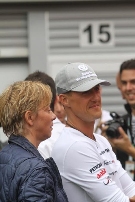 F1 - 2012 - Michael Schumacher et sa porte parole et manager Sabine Kehm- Photo Manfred GIET