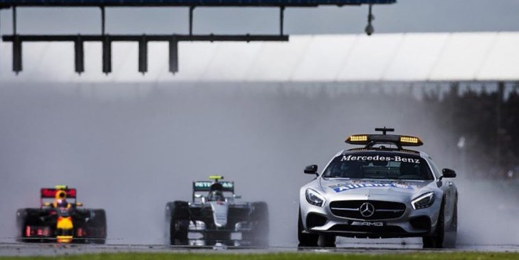 F1 2016 BTITISH GP - Depart derriere le Safety car.j