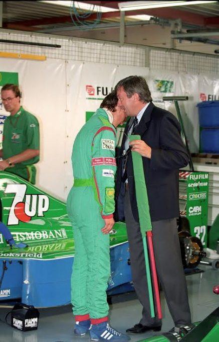 F1 - Michael Schumacher réprimandé lors de son 1er GP a SPA par Roland Bruynseaarde le directeur de course pour avoir ignoré un drapeau jaune© Manfred GIET-.