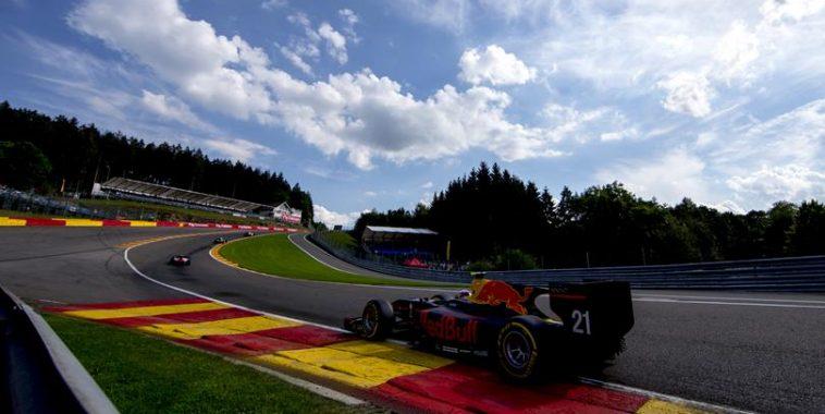 GP2-SERIES-2016-SPA-Pierre-GASLY-file-vers-sa-3éme-victoire-en-2016.jpg