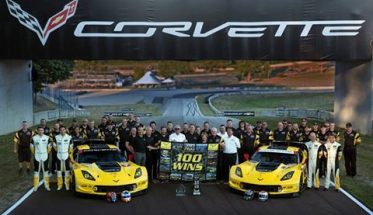 IMSA-WEATHER-2016-ROAD-AMERICA-100-éme-victoire-pour-lune-des-CORVETTE-du-TEAM-GM-CORVETTE