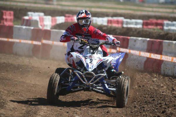 MONDIAL DE QUAD DE PONT DE VAUX 2016 - Le team Dragon Yamaha voudrait bien décrocher la victoire.j