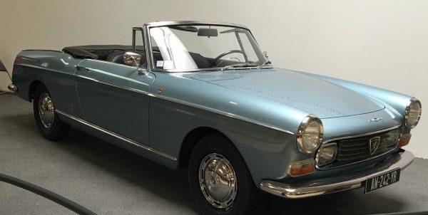 MUSEE AVENTURE PEUGEOT- 404 - Cabriolet de 1968.
