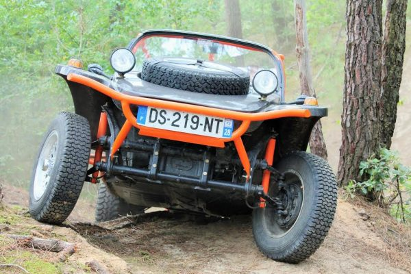 SUPER-VW-FESTIVAL-2016-Buggy-BABOULIN-VW-dans-une-session-OFF-ROAD.-Photo-Emmanuel-LEROUX.jpg 3 août 2016