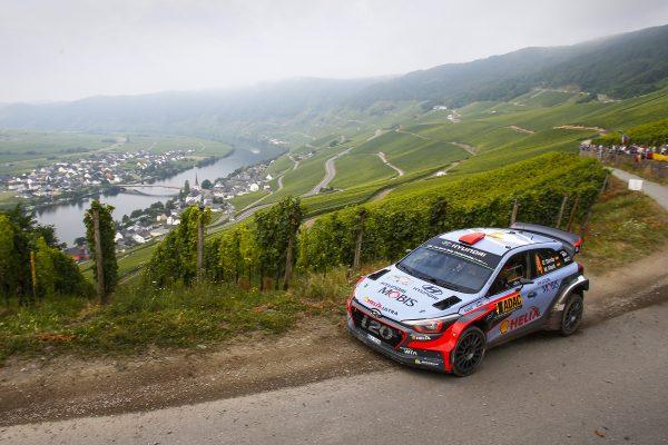 WRC 2016 ALLEMAGNE La HYUNDAI i20WRC de DANI SORDO