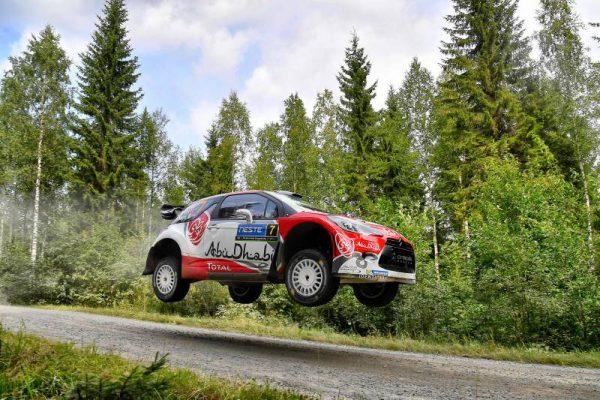 WRC-2016-FINLANDE-La-DS3-de-KRIS-MEEKE.