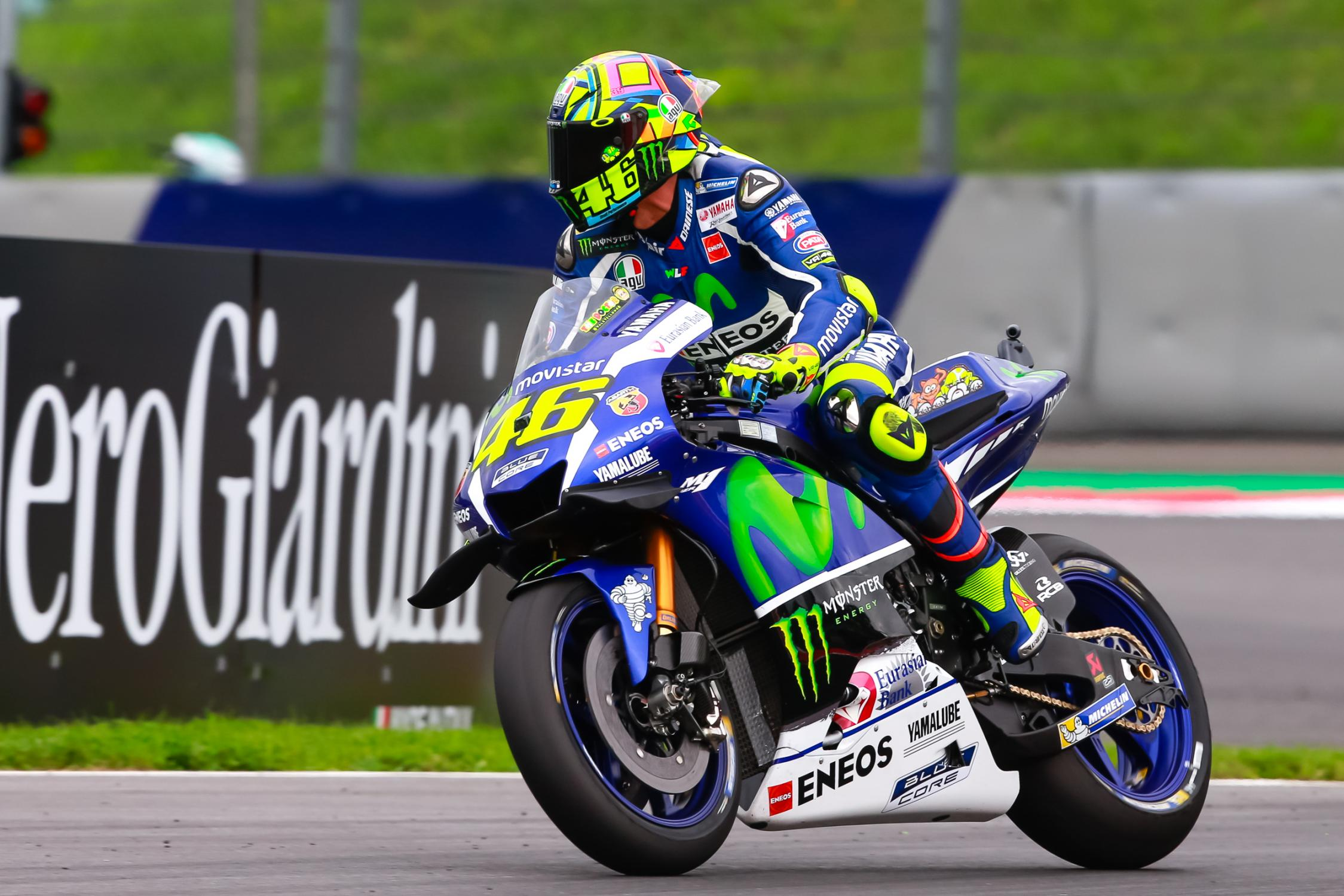 ROSSI ATTEND LA BASTON AVEC IMPATIENCE