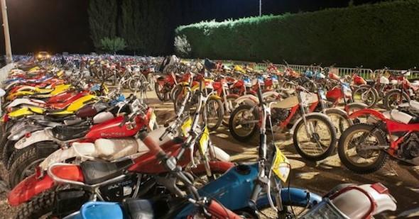 LE PARC FERMÉ, 350 MOTOS!
