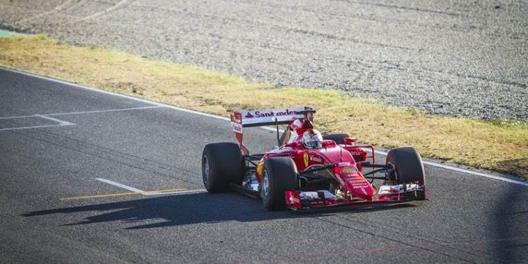 f1-2016-montmelo-7-septembre-tests-prives-pneus-pirelli-2017-avec-ferrari-et-sebastian-vettel