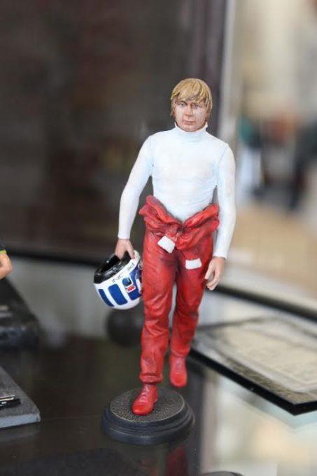 Figurine-PIRONI-Prototype-au-1-18ème-en-hommage-à-Didier-PIRONI-Photo-Emmanuel-LEROUX