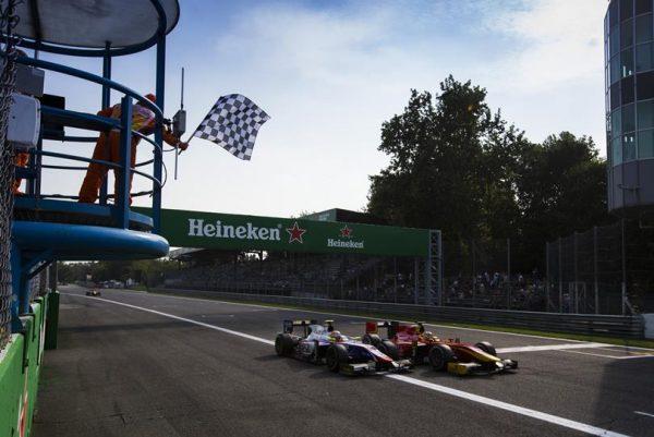 GP2 2016 MONZA - Chaud l'arrivée pour la 5éme place de la 1ére course samedi 3 septembre entre NATO et GHIOTTO.