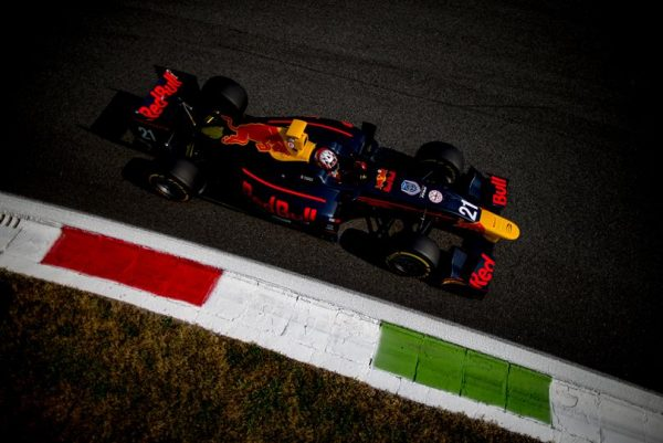GP2-SERIES-2016-MONZA-Pierre-GASLY-PREMA-POWERTEAM.