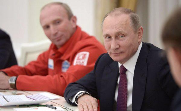 SILK WAY RALLY 2016 Vladimir CHAGIN avec le Président POUTINE