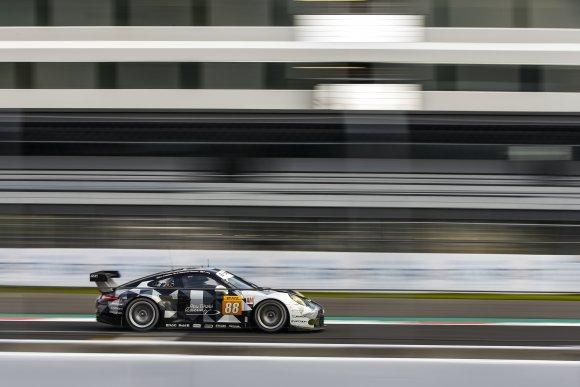 WEC 2016 MEXICO La PORSCHE 911 RSR N° 88.