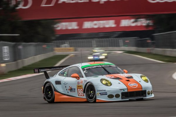 WEC-2016-MEXICO-La-PORSCHE-911-RSR-du-Team-GULF-UK