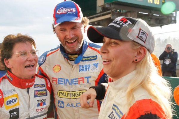24-H-du-Mans-camions-2016-championnat-dEurope-ELLEN-LOHR-et-STEPHANIE-HALM