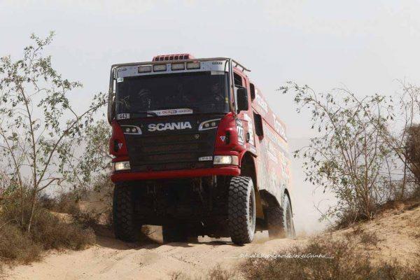 AU-RALLYE-OILYBIA-DU-MAROC-2016-FAZEKAS-le-second-du-classement-des-camions