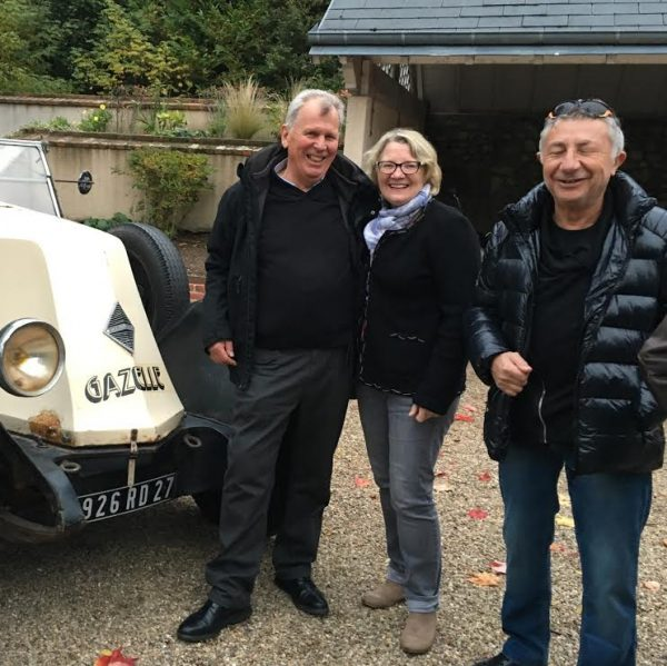 DAKAR-DANTAN-29-Octobre-2016-Reunion-en-Sologne-des-DAKARIENS-Daniel-NOLAN-et-sa-femme-avec-la-SMULE-alias-Etienne-SMULEVICI