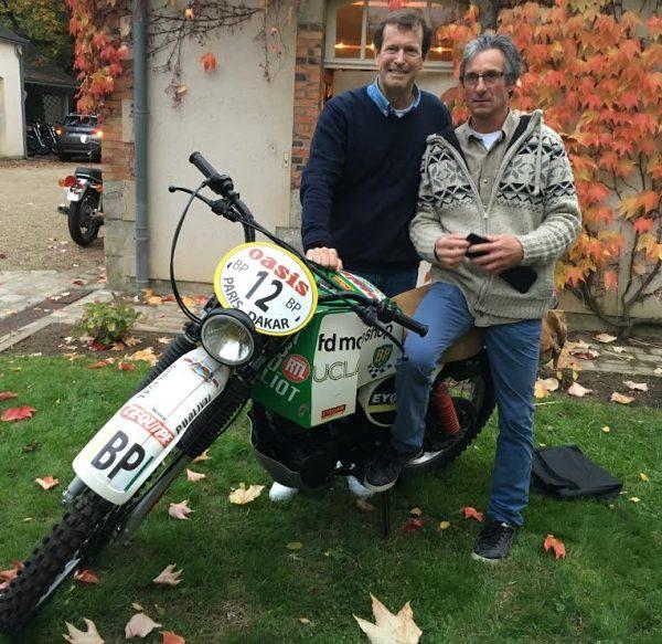 DAKAR D'ANTAN 29 Octobre 2016 Reunion en Sologne des DAKARIENS -Hubert AURIOLet son ancien mécanicien d'antan