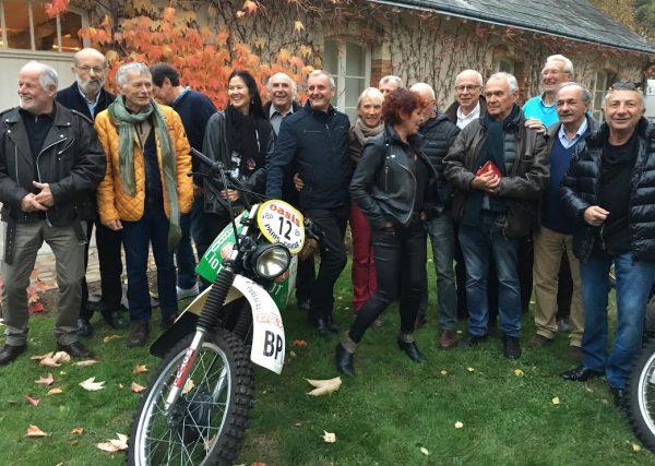 DAKAR-DANTAN-29-Octobre-2016-Reunion-en-Sologne-des-DAKARIENS-Une-belle-brochette-autour-dHubert-AURIOL-et-FENOUIL