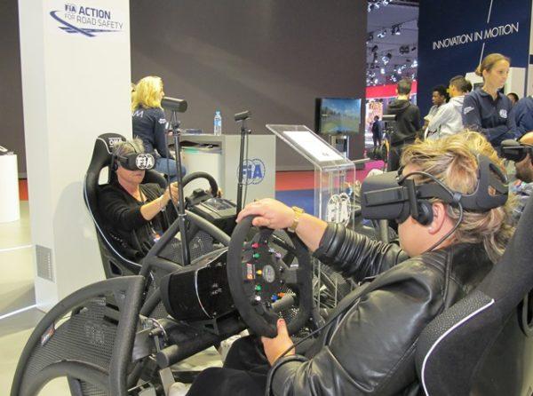 """Espace """"FIA action for road safety""""... objectif: sensibiliser le conducteur aux réels dangers de la mobilité"""