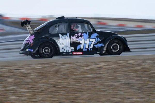 FunCup-Lédenon-2016-La-117-a-roulé-avec-de-nouveaux-pneus-le-futur-est-en-marche-Photo-Daniel-NAULY.j