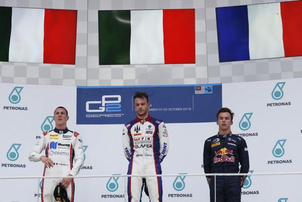P2-2016-SEPANG-Le-podium-de-la-seconde-course-avec-GHIOTTO-le-vainqueur-MARCIELLO-et-GASLY-3éme