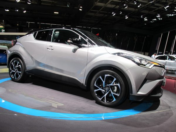 Toyota C-HR image © Jacques SamAlens (StrategiesAutoMotiove Communications)