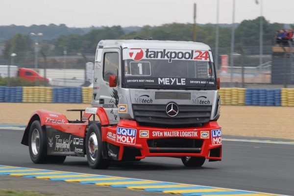 LE-MANS-24-H-Camions-2016-Norbert-KISS-MERCEDES-BENZ-Photo-Thierry-COULIBALY