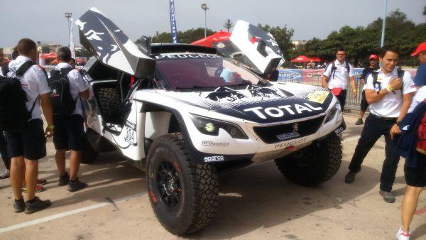La nouvelle monture de Carlos Sainz, la 3008 DKR