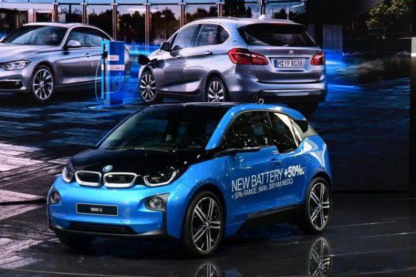 Mondial-2016-La-BMW-i3-a-doublé-son-autonomie-en-début-dannée-Photo-Daniel-Nauly