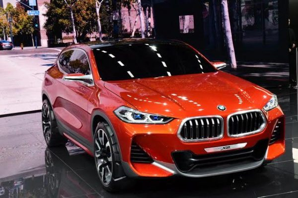 Mondial-2016-Quand-les-designer-se-lachent-1-la-BMW-X2-Photo-Daniel-Nauly