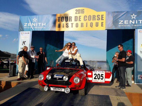 TOUR de CORSE HISTORIQUE 2016- La FIAT 124 ABARTH des féminines ROAMY HERAS MACHOIR et INGRID PEETERS. remporte la Coupe des DAMES