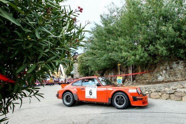 TOUR de CORSE HISTORIQUE 2016- La PORSCHE 911 SC de Louis ANTONINI et Bernard BIANCAMARIA
