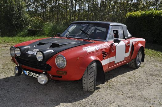VENTE-AUX-ENCHETES-STAN-MACHOIR-FIAT-124-ABARTH