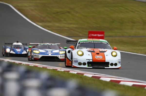 WEC 2016 FUJI - Porsche 911 RSR (78), KCMG de Joel Camathias, Christian Ried, Wolf Henzler