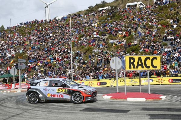 WRC 2016 - CATALOGNE - HUNDAI i20WRC de Dani SORDO