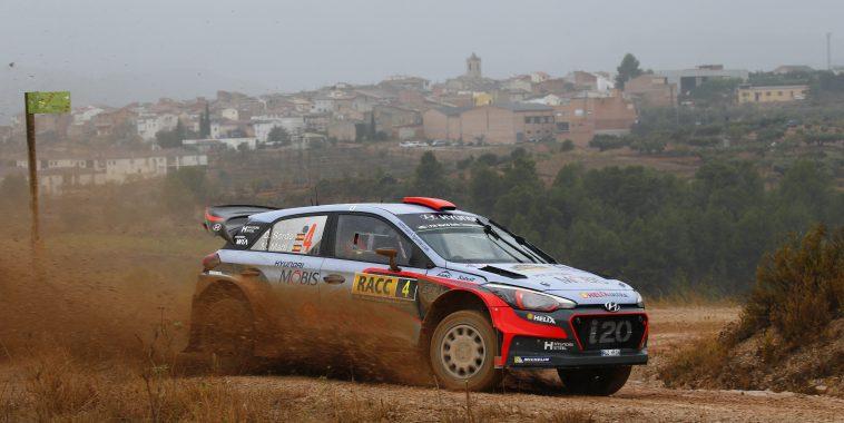 2016 FIA World Rally Championship / Round 12 / RallyRACC Catalunya - Rally de Espagna 2016 / October 13 - 16, 2016 // Worldwide Copyright: Hyundai Motorsport