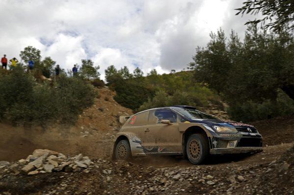 WRC-2016-CATALOGNE-La-VW-POLO-WRC-dAndreas-MIKKELSEN-