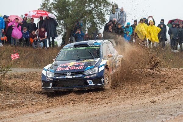 iWRC-2016-CATALOGNE-La-VW-POLO-WRC-de-Jari-Matti-LATVALA-avant-son-abandon.jpg 17 octobr
